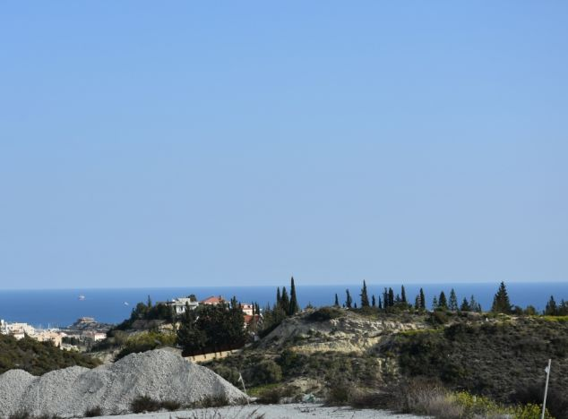 Sell Land 10033 in Limassol