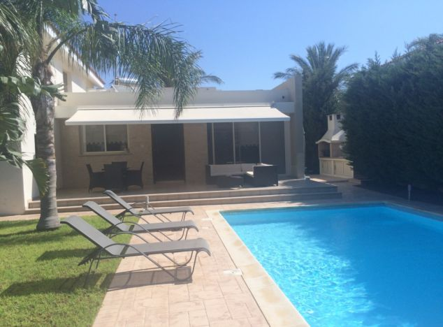 Buy Villa 10555 in Larnaca