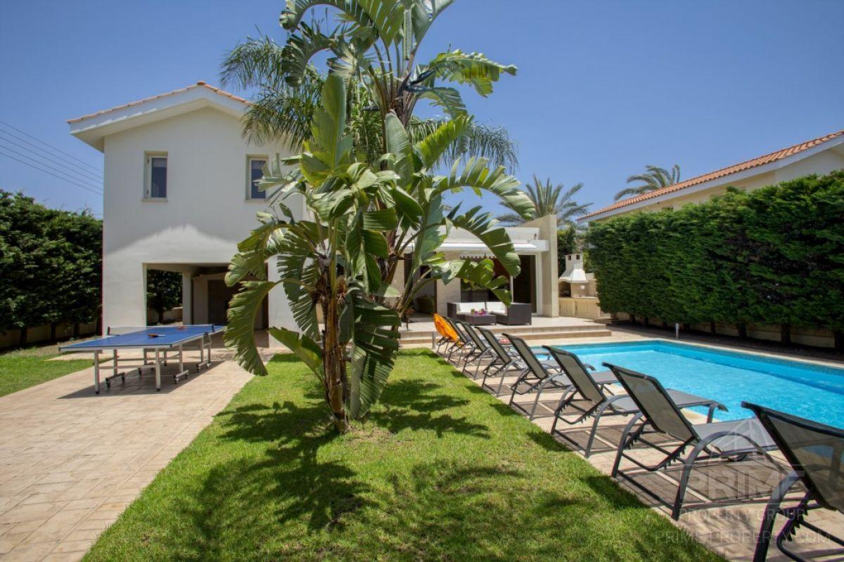 Предложение № 10555 - Larnaca, Villa  м2