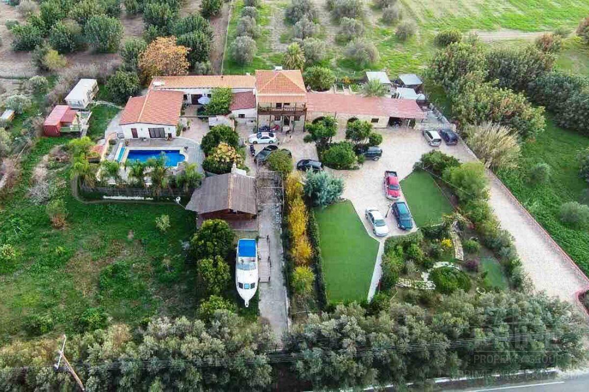 Предложение № 11055 - Larnaca, Villa 520 м2