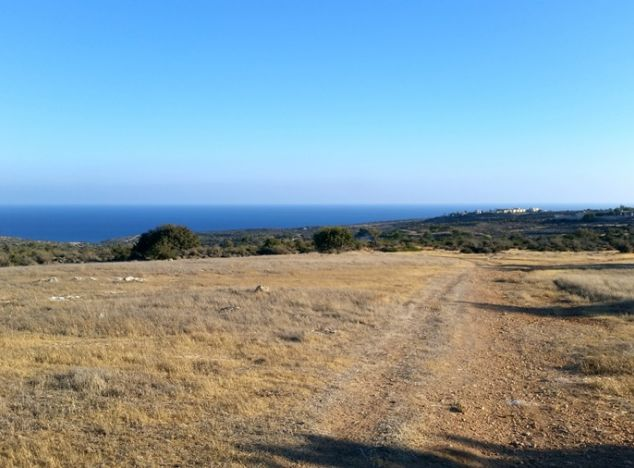 Land 11058 on sell in Pissouri