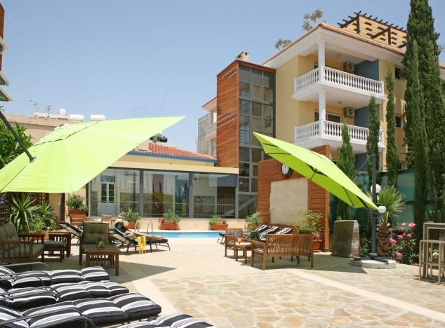 Hotel 11360 on sell in Larnaca
