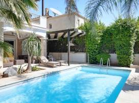 Cyprus property, Villa for holiday rent ID:11967
