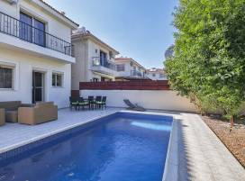 Cyprus property, Villa for holiday rent ID:12300