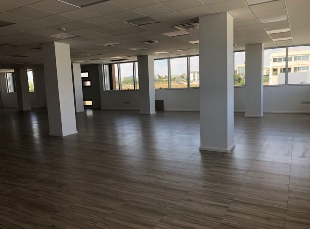 Sell Office 12510 in Limassol
