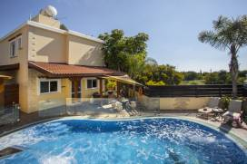 Cyprus property, Villa for holiday rent ID:12722