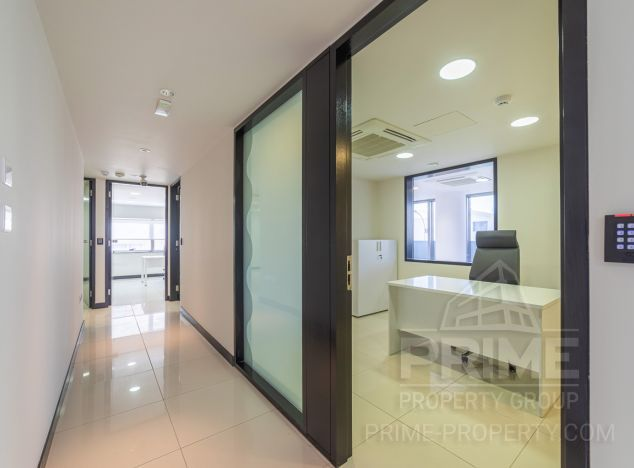 Sell Office 13210 in Limassol