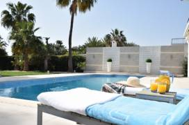Cyprus property, Villa for holiday rent ID:13354