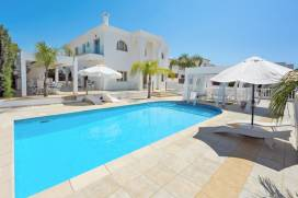 Cyprus property, Villa for holiday rent ID:13356