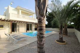 <br>Cyprus property, Villa for rent ID:13556