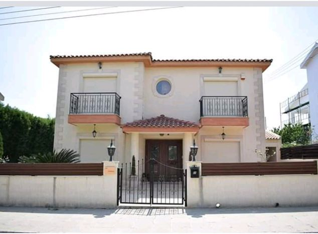 Sell Villa 14242 in Limassol