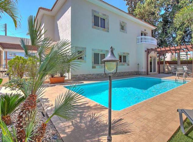 Villa 15052 on sell in Limassol