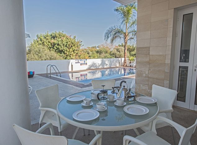 Buy Villa 15061 in Protaras