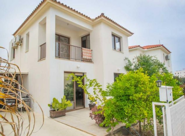 Buy Villa 15160 in Protaras