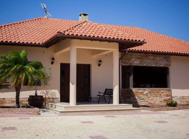 Sell Bungalow 15328 in Limassol