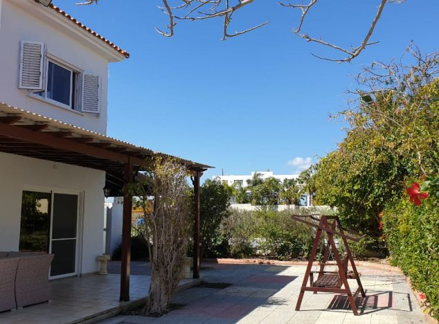 Sell Villa 15415 in Larnaca