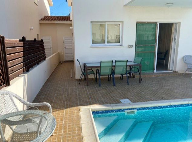 Buy Villa 16496 in Paphos