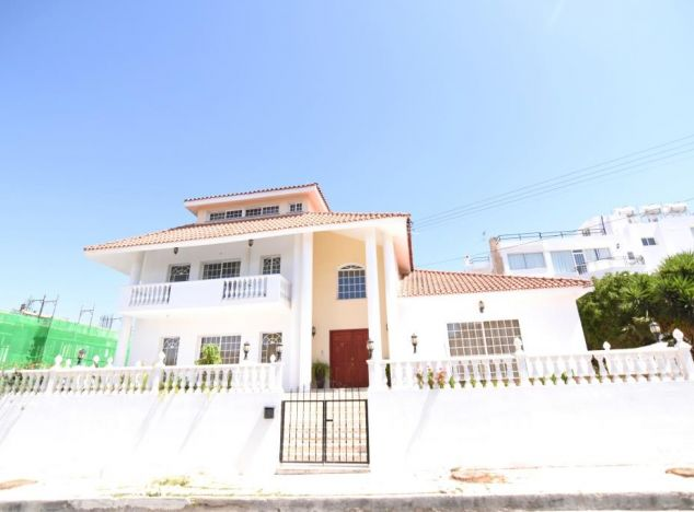 Buy Villa 16511 in Limassol