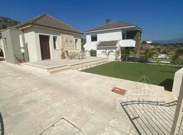 Bungalow 16528 on sell in Limassol