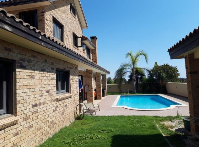 Buy Villa 16742 in Larnaca