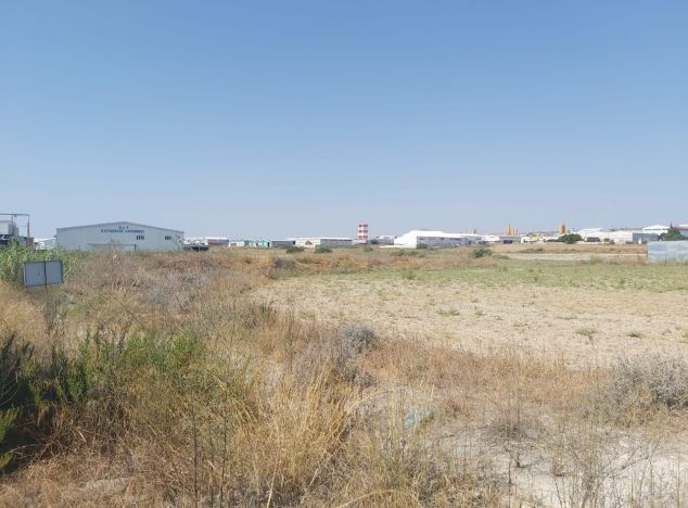 Sell Land 16747 in Larnaca
