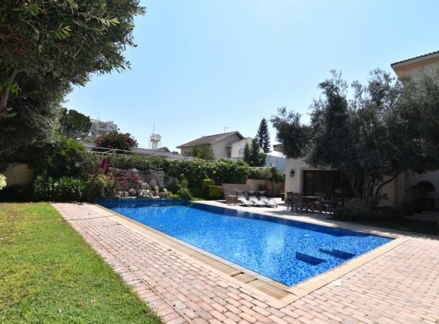 Sell Villa 16816 in Limassol