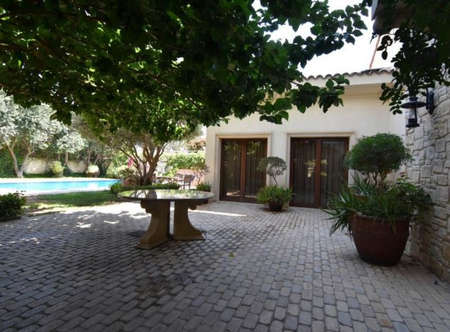 Villa 16816 on sell in Limassol