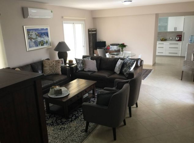Buy Penthouse 17018 in Limassol