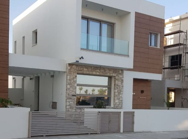 Villa 17339 on sell in Larnaca