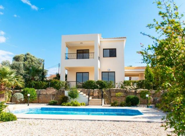Villa 17831 on sell in Paphos
