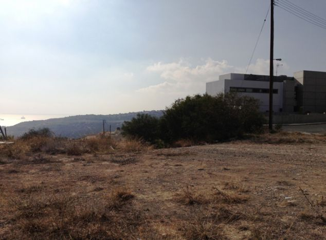 Sell Land 2039 in Limassol