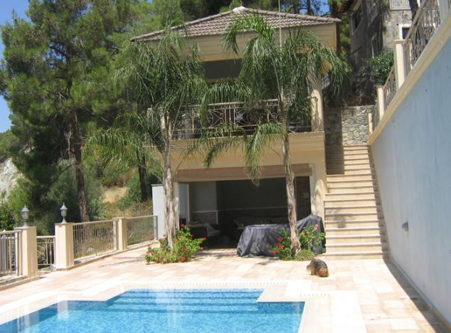 Villa 2065 on sell in Troodos
