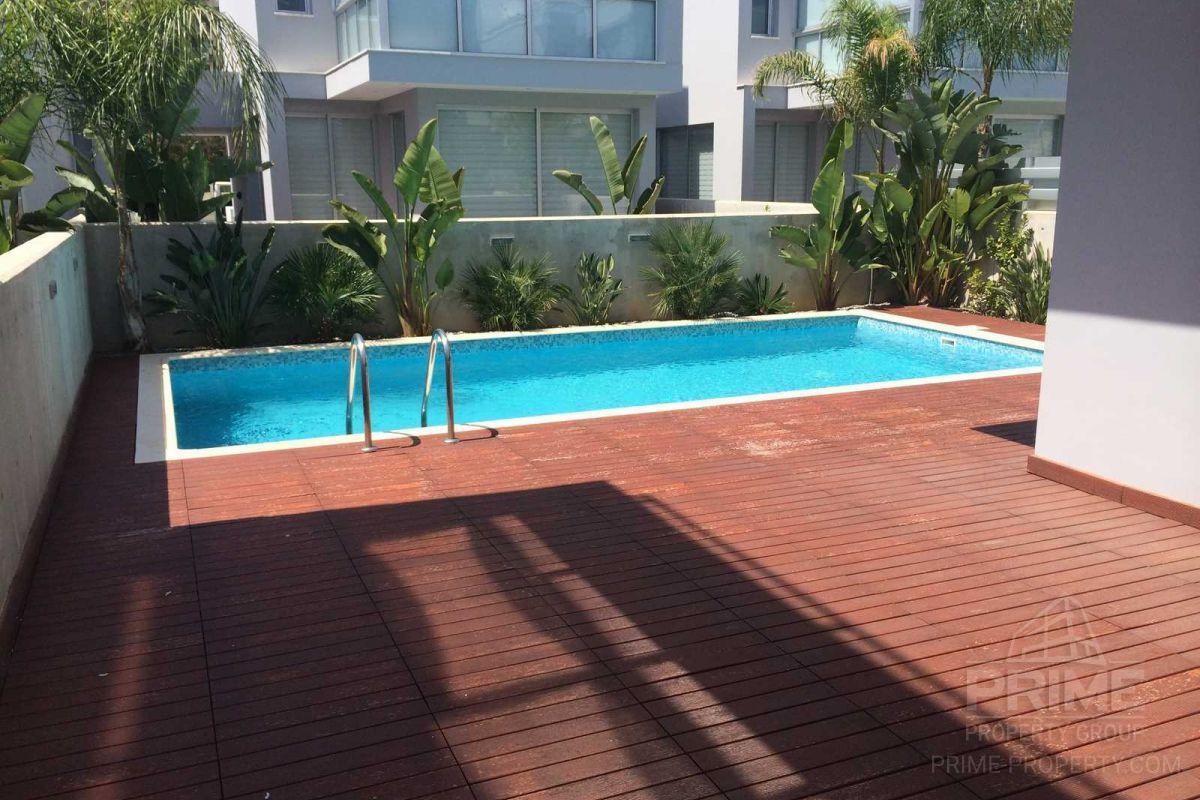 Предложение № 2687 - Larnaca, Villa 400 м2