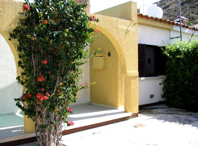 Bungalow 2926 on sell in Pissouri