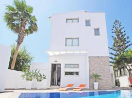 Cyprus property, Villa for holiday rent ID:3168