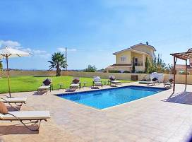 Cyprus property, Villa for holiday rent ID:3278