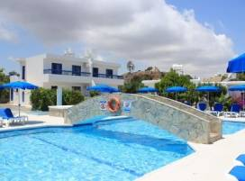 Cyprus property, Apartment for holiday rent ID:3514