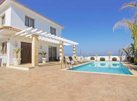 Cyprus property, Villa for holiday rent ID:3675