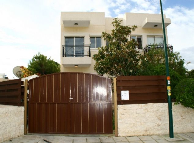 Buy Townhouse 4096 in Limassol