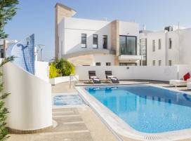 Cyprus property, Villa for holiday rent ID:4153
