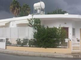 Cyprus property, Bungalow for holiday rent ID:4394