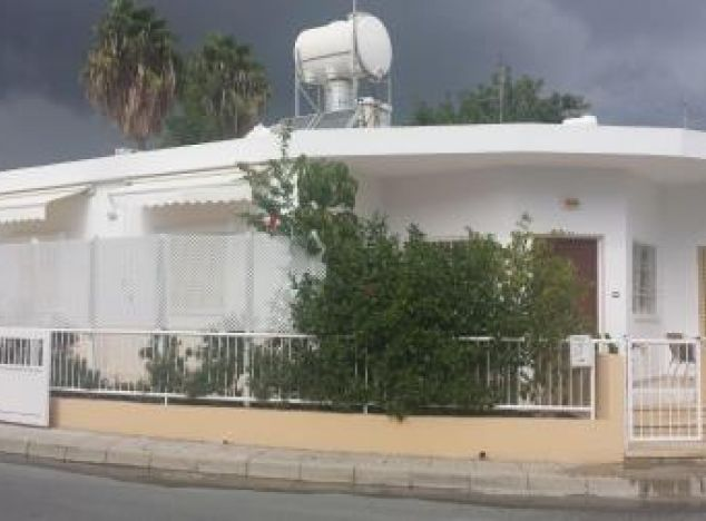 Bungalow 4394 on sell in Larnaca
