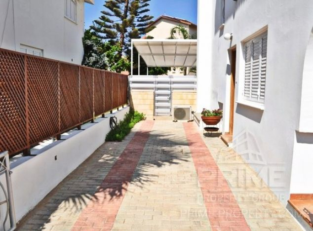 Cyprus property, Villa for holiday rent ID:4563