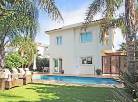 Cyprus property, Villa for holiday rent ID:4577