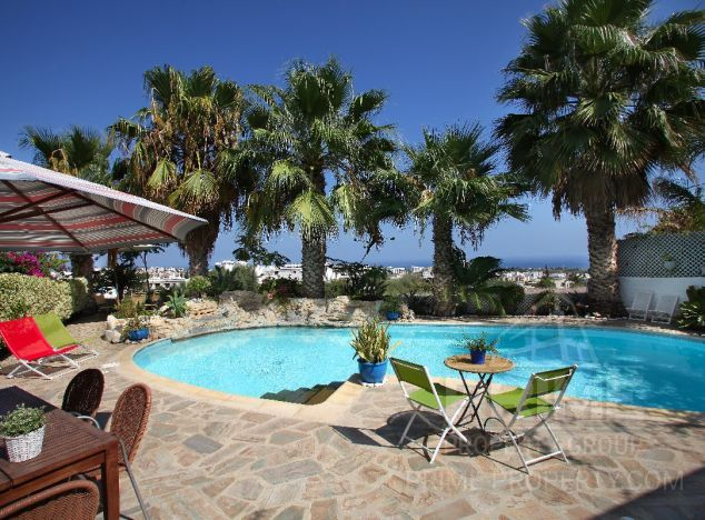 Cyprus property, Villa for holiday rent ID:4931