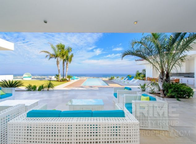Cyprus property, Villa for holiday rent ID:4937