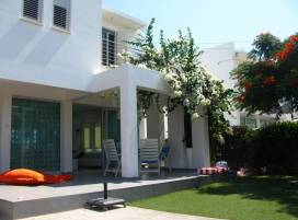 Cyprus property, Villa for holiday rent ID:4942
