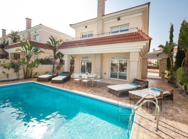 Cyprus property, Villa for holiday rent ID:5219