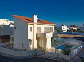 Cyprus property, Villa for holiday rent ID:5311