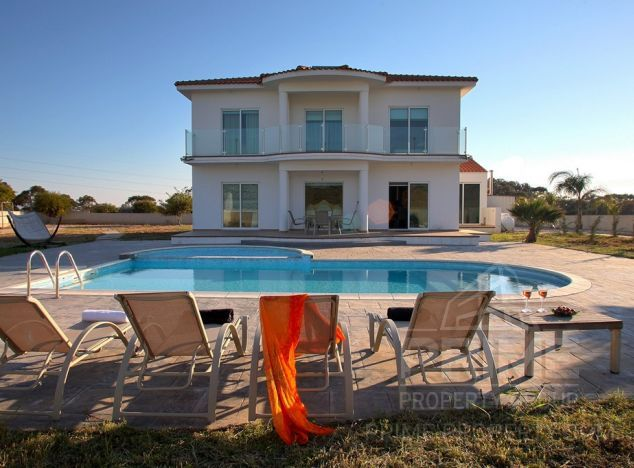 Cyprus property, Villa for holiday rent ID:5335
